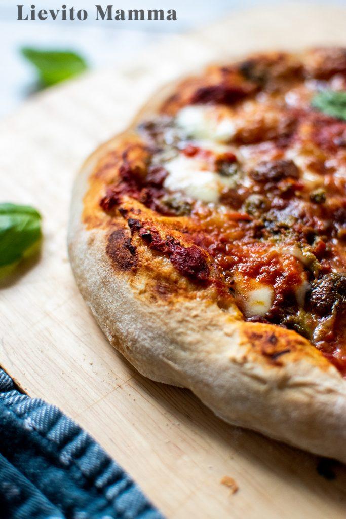 Knuspriger Pizzateig aus Lievito Madre - Ein Rezept von Lievito Mamma