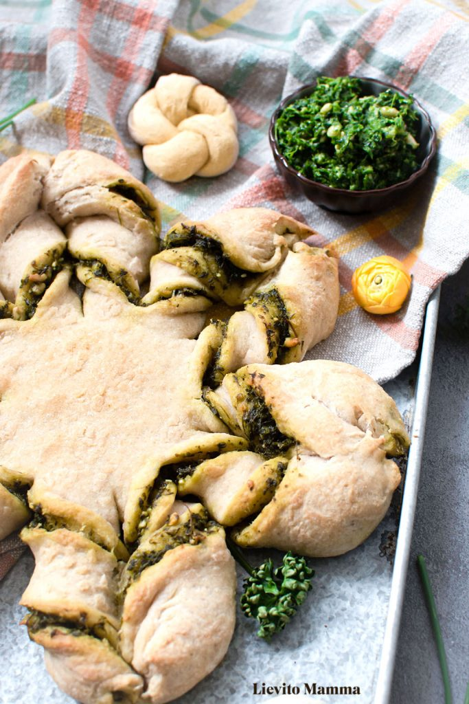 Sternbrot mit grüne Soße Kräutern - Das Highlight auf dem Brunch Tisch - Ein Rezept von Lievito Mamma