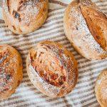 Die Brötchen mit Röstzwiebeln von Lievito Mamma sind soft und aromatisch